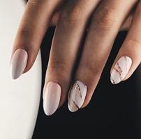 Shop bij ons de mooiste nagelproducten.